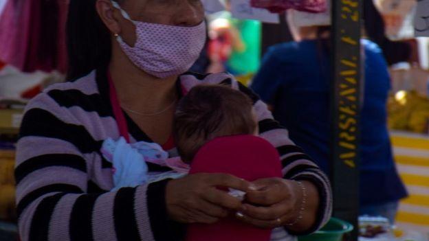 Mães estão no limite': famílias vivem estresse inédito com crise e quarentena